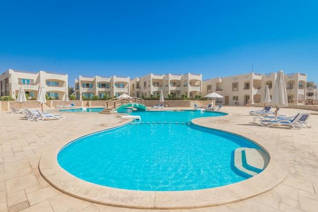 Один из лучших курортов в шарм-эль-шейхе, египет Premium Фотографии