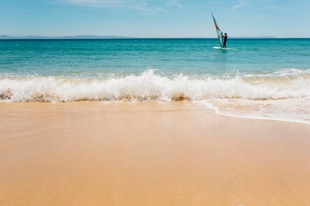 Виндсерфинг, веселье в океане. Бесплатные Фотографии