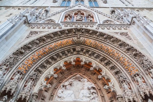 大聖堂教会クロアチア Premium写真