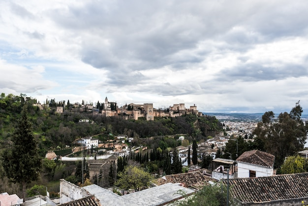 Альгамбра гранада андалусия испания Premium Фотографии