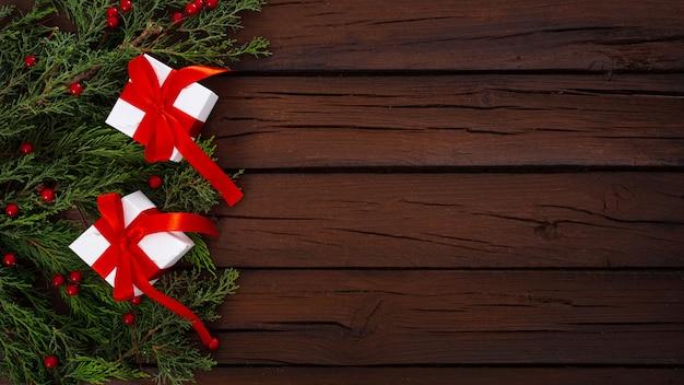木製の背景にクリスマス組成 無料写真