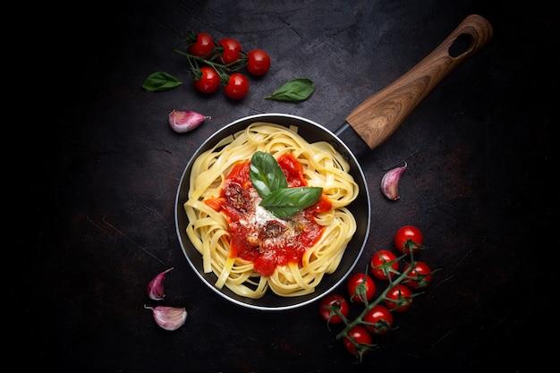 Настоящая итальянская паста Бесплатные Фотографии