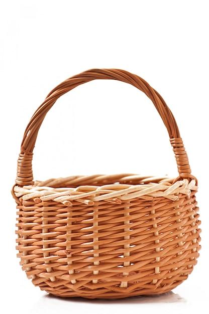 分離された枝編み細工品バスケット 無料写真