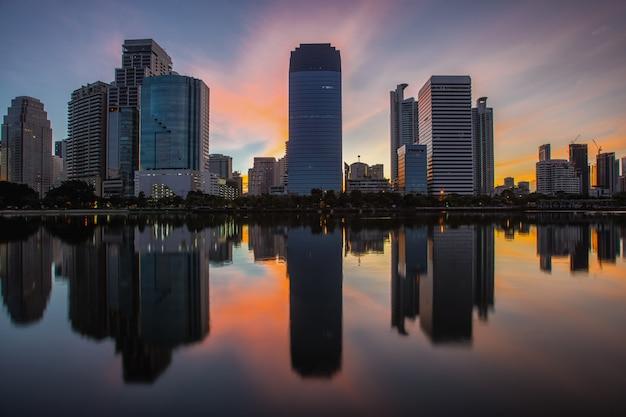タイ、バンコクの真ん中にある街並み Premium写真