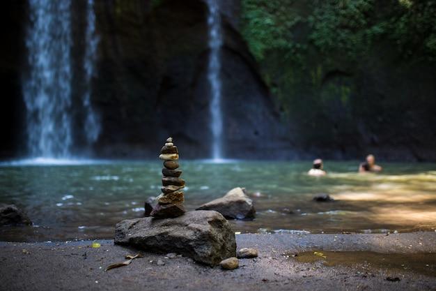 バリの滝の美しい風景 Premium写真