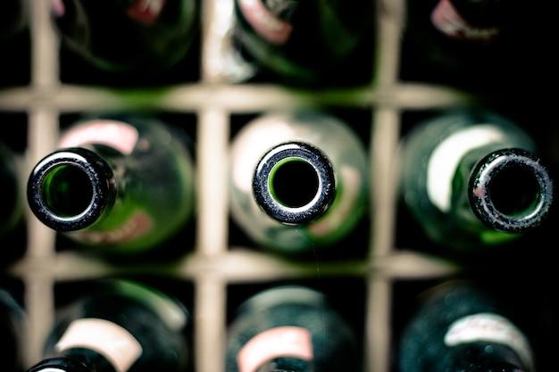 ボトルの上部 Premium写真