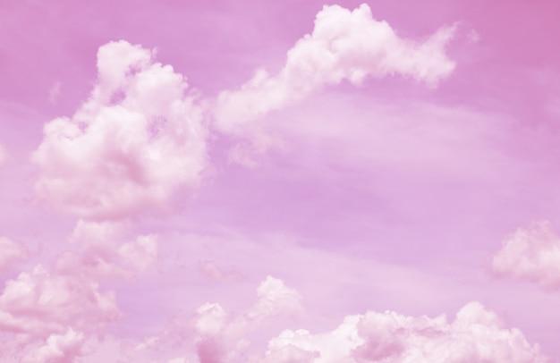 ファンタジーとヴィンテージの動的雲とグランジテクスチャと空 Premium写真