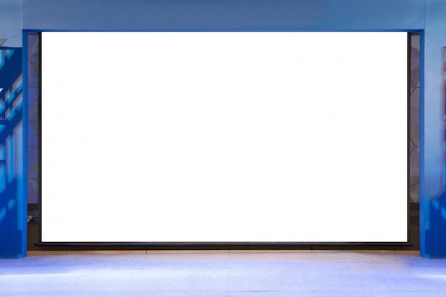Изолированный экран проектора с пустой копией на сцене Premium Фотографии