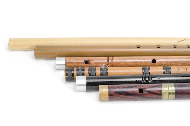 タイのフルートのセットは木、タイから作られています Premium写真