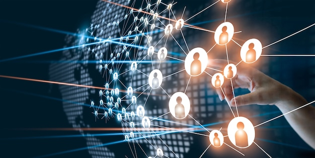 ビジネスプロジェクト管理で人間のドットのアイコンを接続する感動的なネットワークの手。 Premium写真