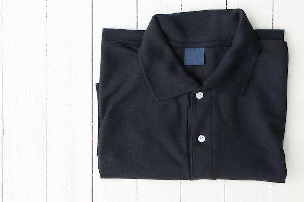 男のシャツ Premium写真