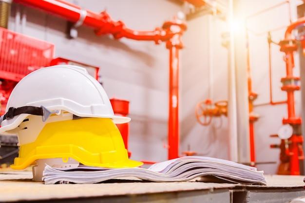 制御室の標準建設安全装置、建設と安全のコンセプト Premium写真