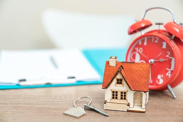 Часы недвижимость продам у б часы продать наручные