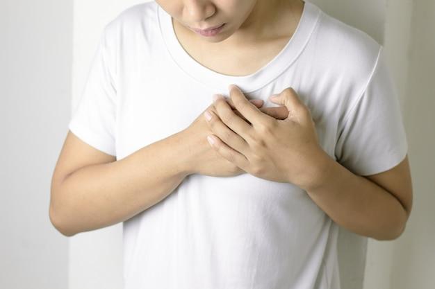 心臓発作の症状 Premium写真