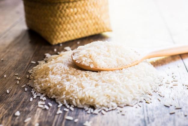 素朴な木の米の部分 Premium写真