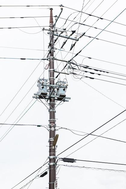 日本の電気ポスト Premium写真
