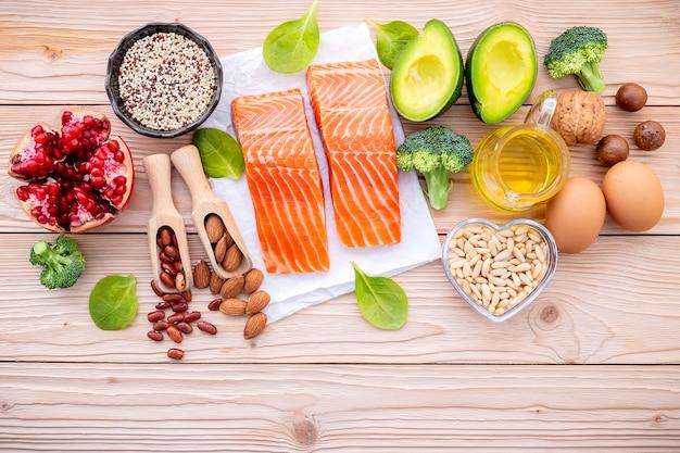 健康食品の選択のための原料。 Premium写真