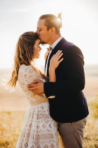 肖像画のカップル、優しさが大好きです Premium写真