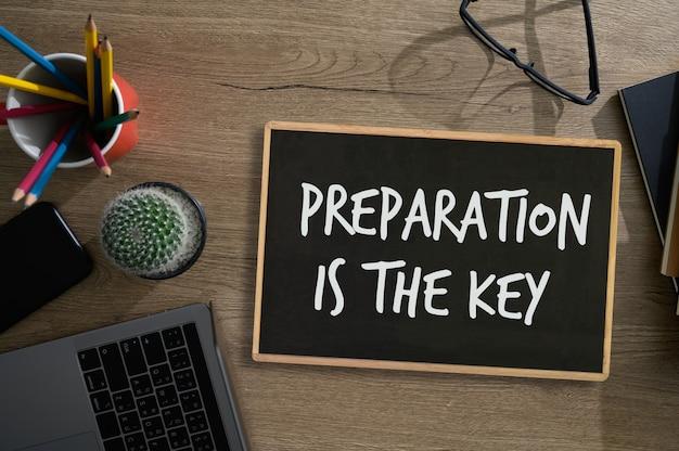 Подготовьтесь, и подготовка - ключевой план Premium Фотографии