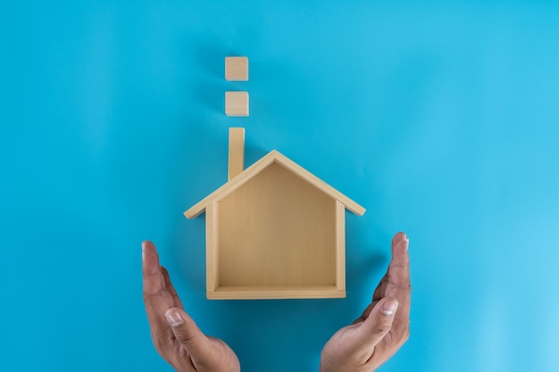 Страхование и владение моим домом покрытие усадьба охрана жилых домов инвест и дом Premium Фотографии