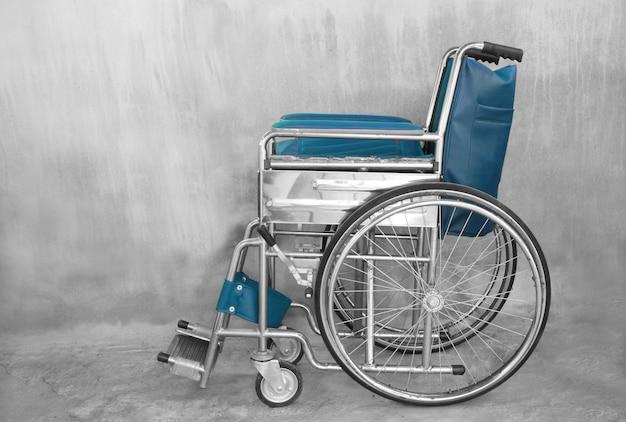 障害者用車椅子 Premium写真