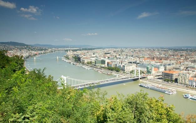 Дунайская панорама в будапеште Premium Фотографии