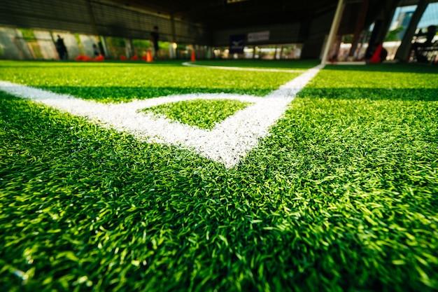 室内サッカーサッカー練習場のコーナーライン Premium写真