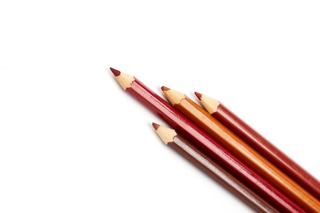 白地に色鉛筆のクローズアップ Premium写真