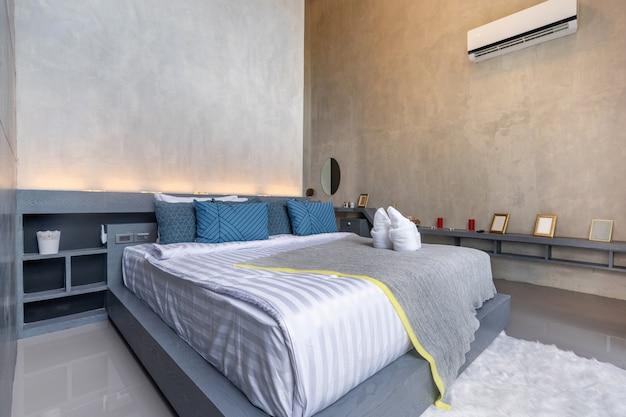 Дизайн интерьера в современной спальне Premium Фотографии