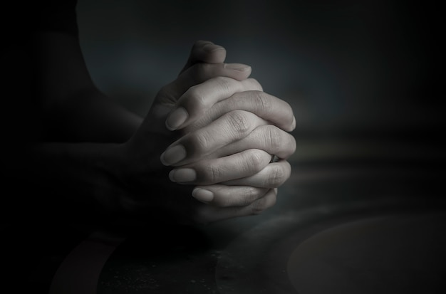 神への祈りそれが心、信仰、希望のアンカーです。 Premium写真