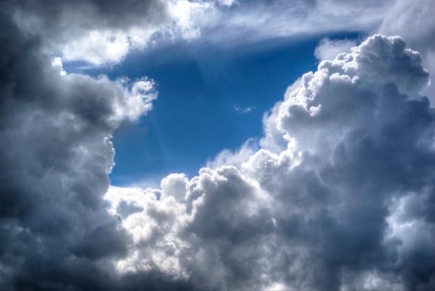 雲のフレーム 無料写真