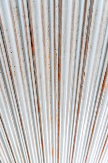 スチールの素朴なビンテージローリングドア Premium写真