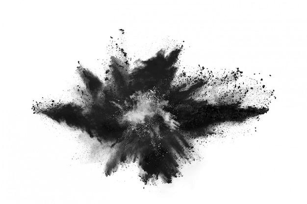 Частицы древесного угля на белом фоне Premium Фотографии