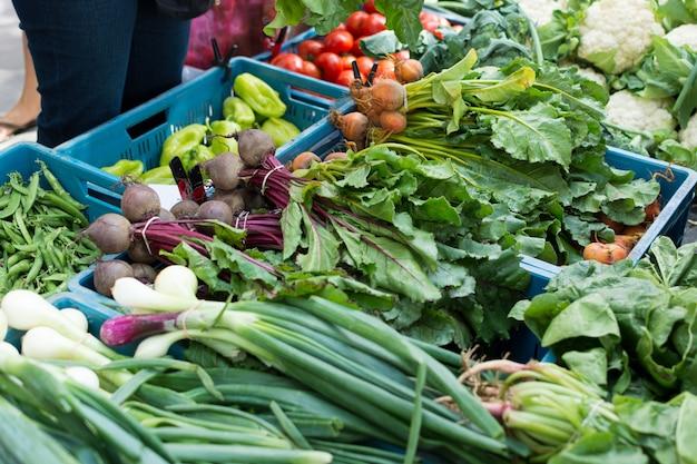 農家市場での野菜の混合 無料写真
