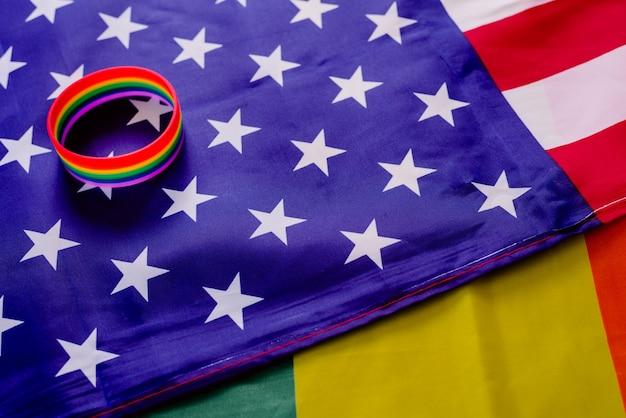 Права сообщества лгбт в соединенных штатах постепенно улучшаются. Premium Фотографии