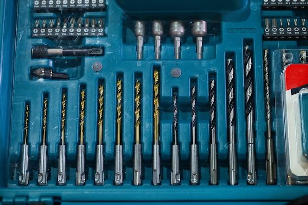 電気修理ツール、ドリルビットおよびドリルビット、ドリルビットセット Premium写真