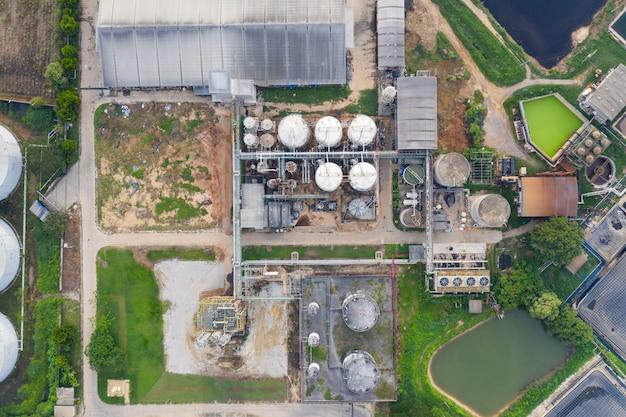 Этанол, этиловый спирт, возобновляемая энергия, производство сахарного тростника, патоки Premium Фотографии