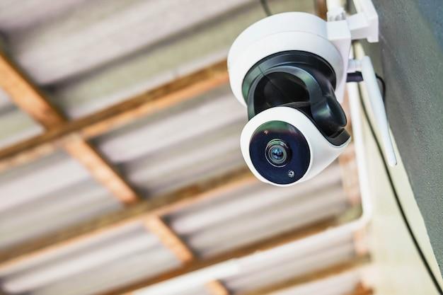 Система видеонаблюдения с замкнутой системой видеонаблюдения предотвратить запись видео Premium Фотографии