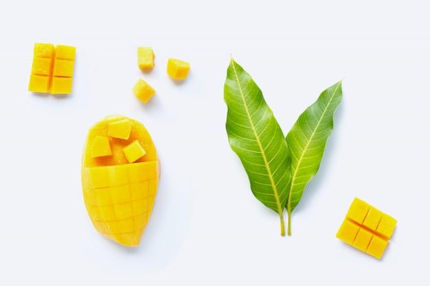 トロピカルフルーツ、マンゴー Premium写真