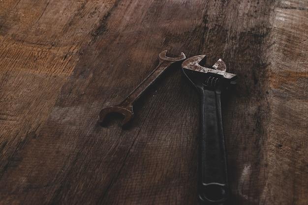グランジ木材のツール改修 Premium写真