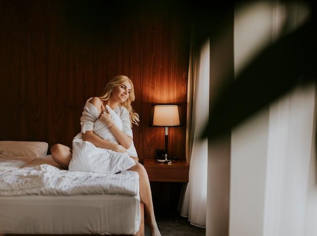 Зашел в женскую спальню — img 3
