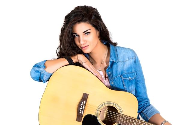 若い、女、ギター Premium写真