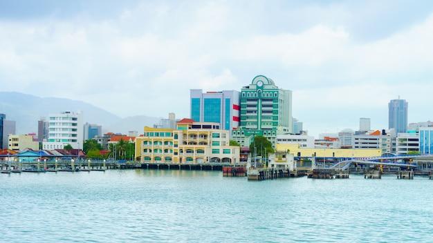 ペナンは、マレー半島の北西沿岸に位置するマレーシアの州です。 Premium写真