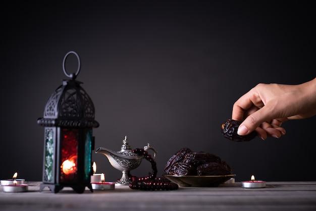 ラマダンの食べ物や飲み物 Premium写真