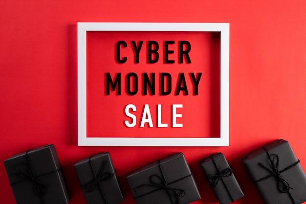 Вид сверху кибер понедельник продажи текста на белой рамке Premium Фотографии