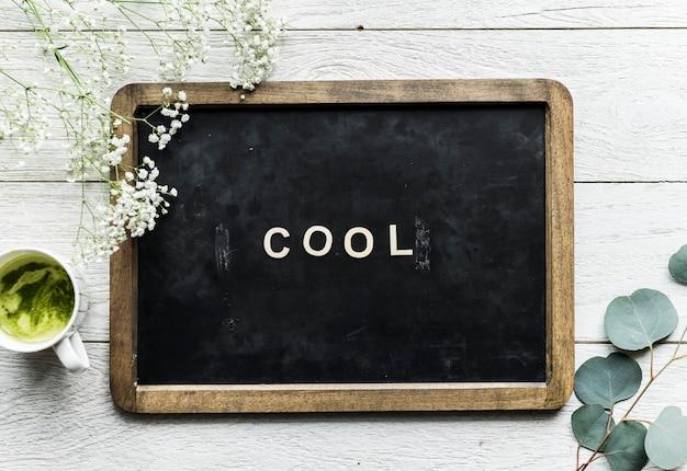 クールな言葉と黒板の航空写真 無料写真