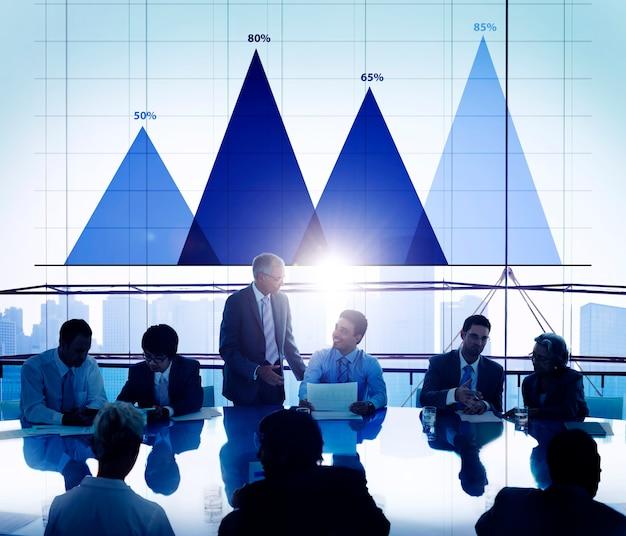 ビジネスデータ分析戦略マーケティンググラフのコンセプト 無料写真