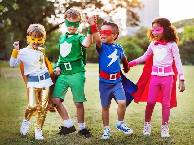 スーパーヒーローの子供たち 無料写真