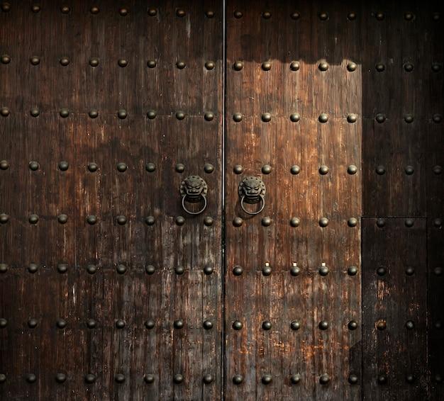 木製のアンチクールドア老朽化したインテリアの詳細の木材 無料写真