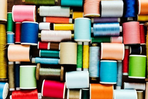 色とりどりの縫糸 無料写真